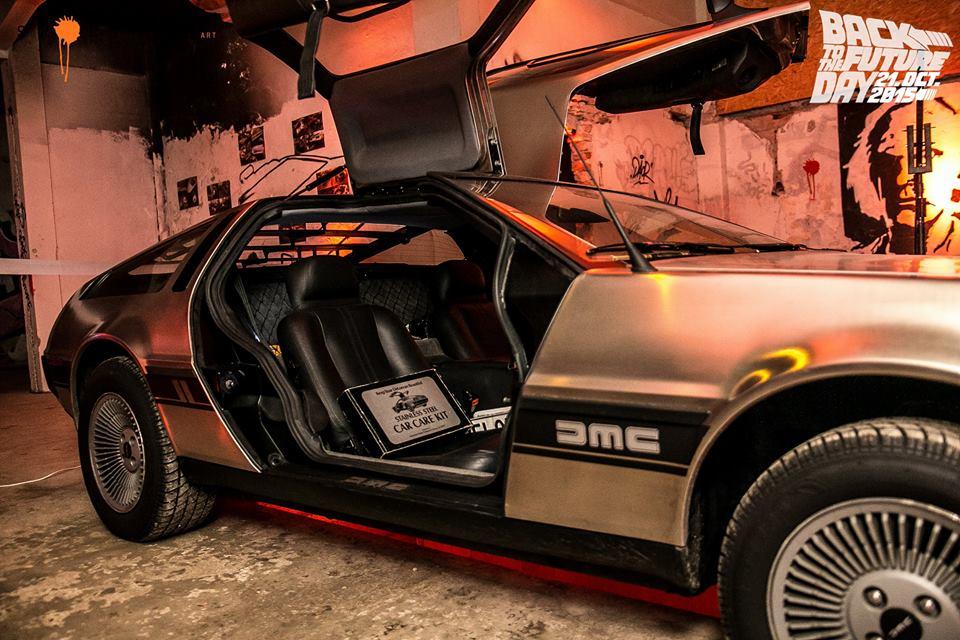 Spots#7 - Back to the future: v Nemeckom veslárskom klube budúcnosť splynula s prítomnosťou BOMBING 18