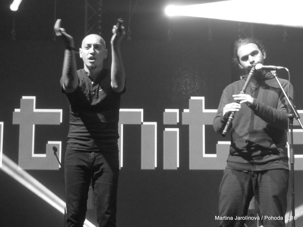 Oratnitza, fusion z Bulharska: Hudba je láska BOMBING 5