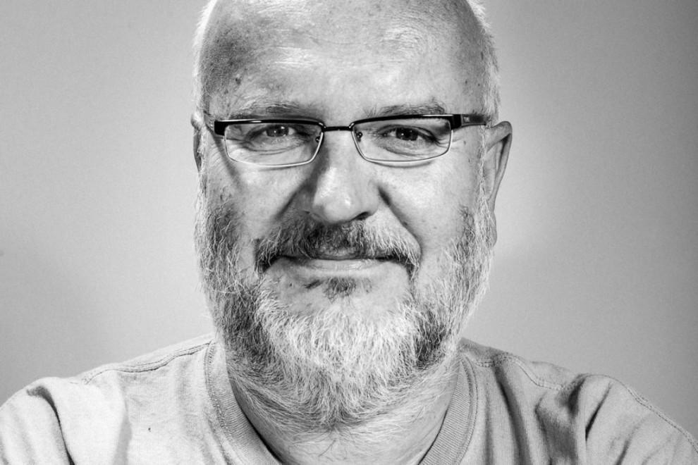 Opustil nás skvelý človek, hudobný fanúšik, novinár a spisovateľ Juraj Kušnierik BOMBING 1