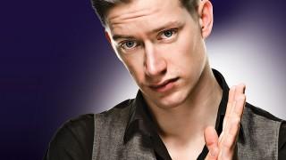 Mladý a svetový. V Bratislave vystúpi Daniel Sloss! BOMBING 2