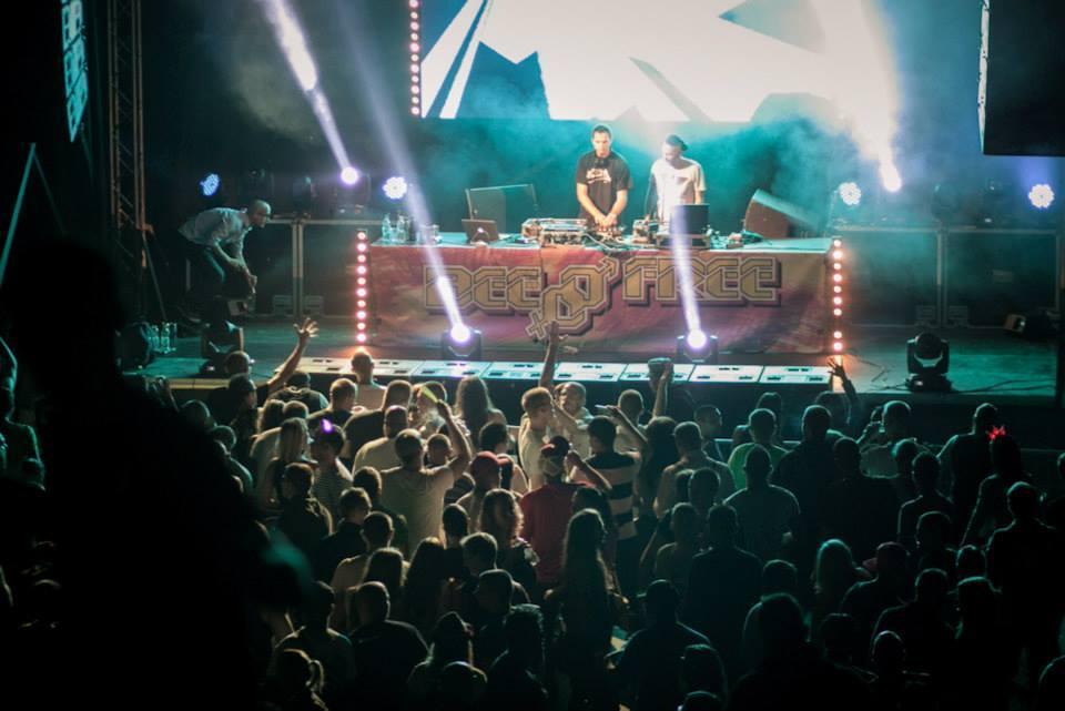 Festival BeeFree bude aj v roku 2015, pripravte sa na zmenu miesta! BOMBING 3