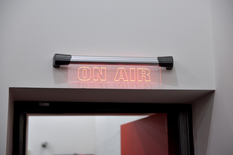 Exkluzívne Dj sety, rozhovory s hudobnými producentmi a ľuďmi zo scény… Toto všetko a viac ponúka pravideľná relácia SCENA_FM BOMBING 12
