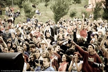 Harmonogram festivalu Kozel Žákovic Open je kompletný! BOMBING