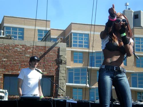 Z Floridy príde raperka Dominique Young Unique BOMBING