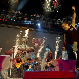Na rakúskom Rock in Vienna sa na jednom pódiu predstavia Iron Maiden a Apocalyptica BOMBING 4