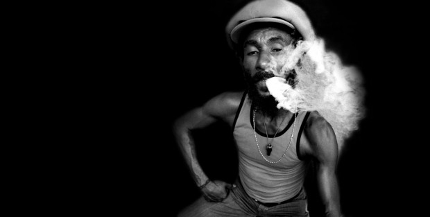 Lee Scratch Perry - Salvador Dalí vhudbe BOMBING