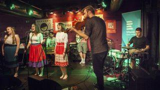 Ľudové Mladistvá vyhrali súťaž Jazz Fruit, očarili publikum aj odborníkov v Česku! BOMBING 1