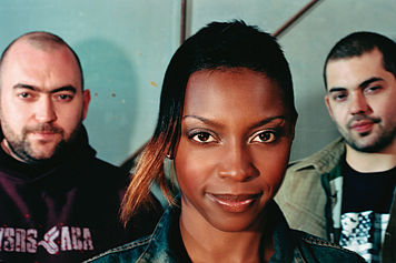 Legendárna Morcheeba aj so Skye Edwards vystúpi na Grape festivale BOMBING