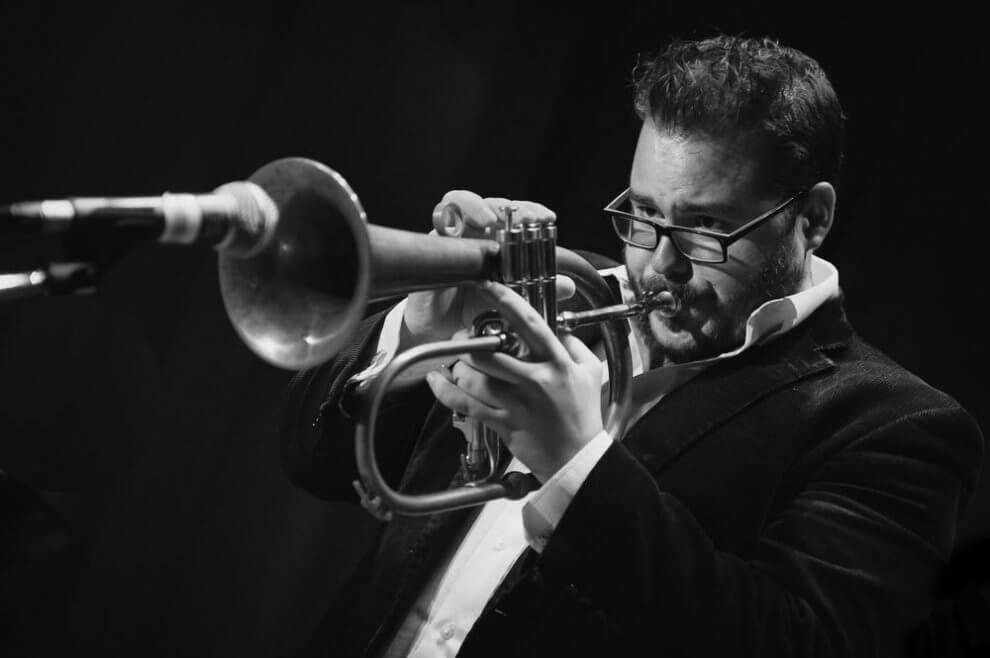 Trumpetista Lukáš Oravec vyráža na festivalové turné po Slovensku a Čechách BOMBING 4