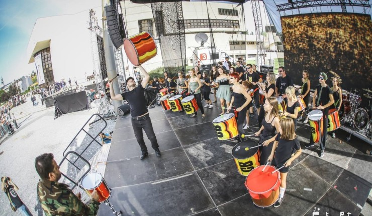Dnes začne Festival, ktorý prinesie svetovú hudbu aj zábavu pre celú rodinu. BOMBING 3
