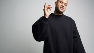 Brooklynský raper Homeboy Sandman navštívi 26.augusta bratislavský Nu Spirit Club. BOMBING