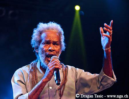 Legenda roots reggae na Uprisingu BOMBING