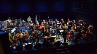 Spoločným koncertom Filharmonie Brno a skupiny Plastici si pripomenieme hodnoty Novembra 89 BOMBING 2