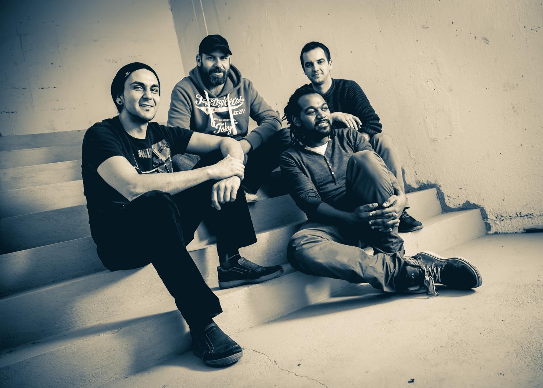 """The Raw Bishops prichádzajú snovým singlom """"Shout"""". BOMBING 2"""
