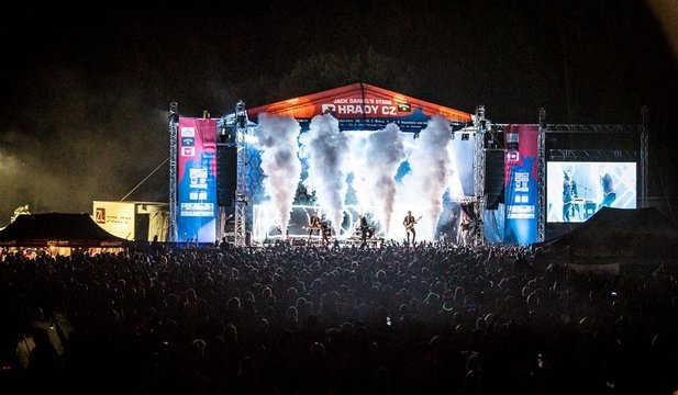 Festival Slovenské hrady už v sobotu prinesie hudobné hviezdy na Červený  Kameň 26e664a7969