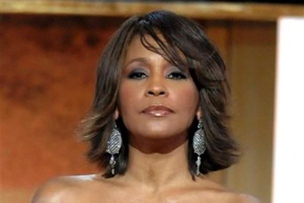 Zomrela Whitney Houston BOMBING